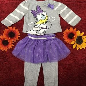 Daisy Duck Tee & Bottoms